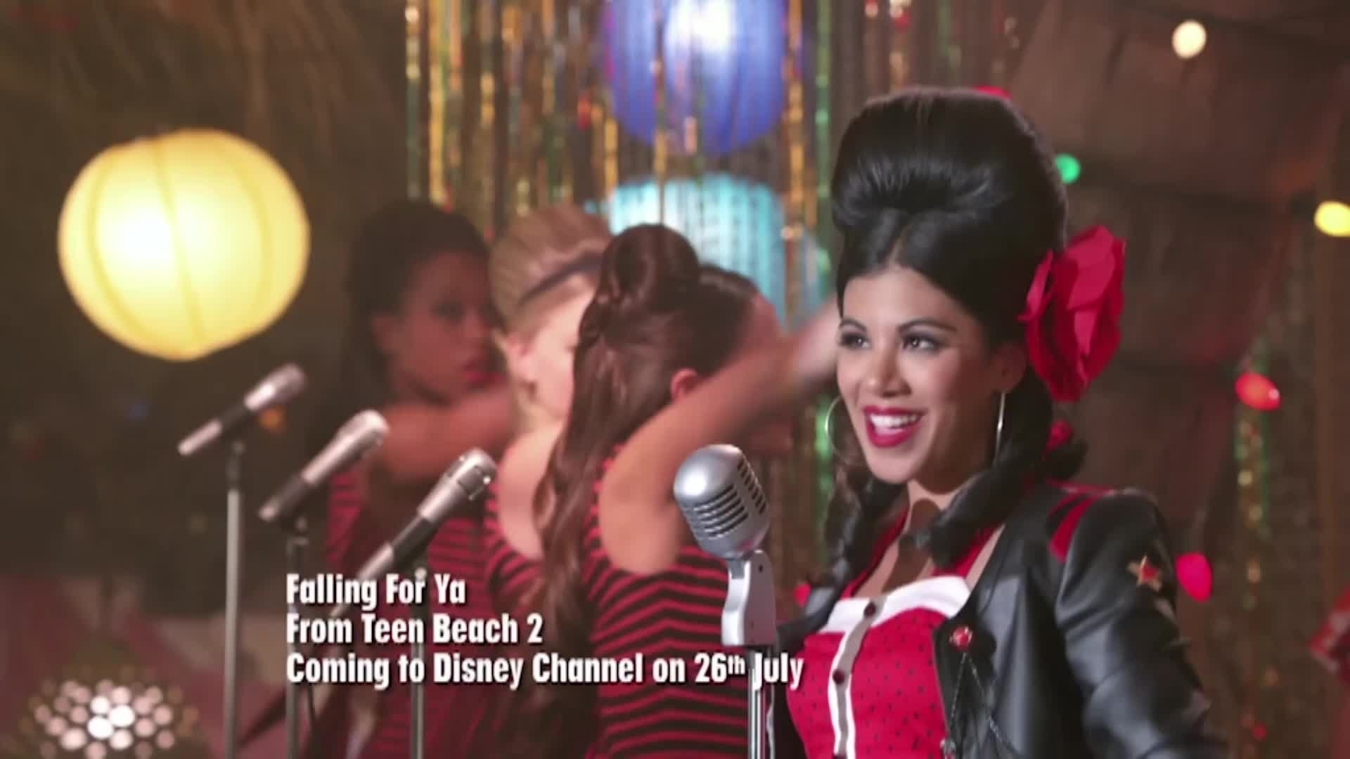 "Teen Beach 2 | ""Falling For You"" Music Video 