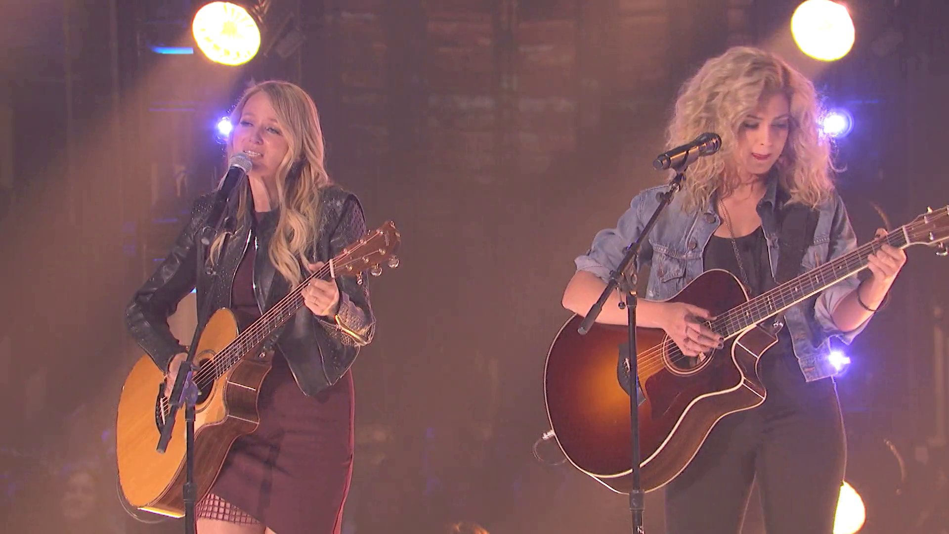 "JEWEL & TORI KELLY - ""You Were Meant For Me"""