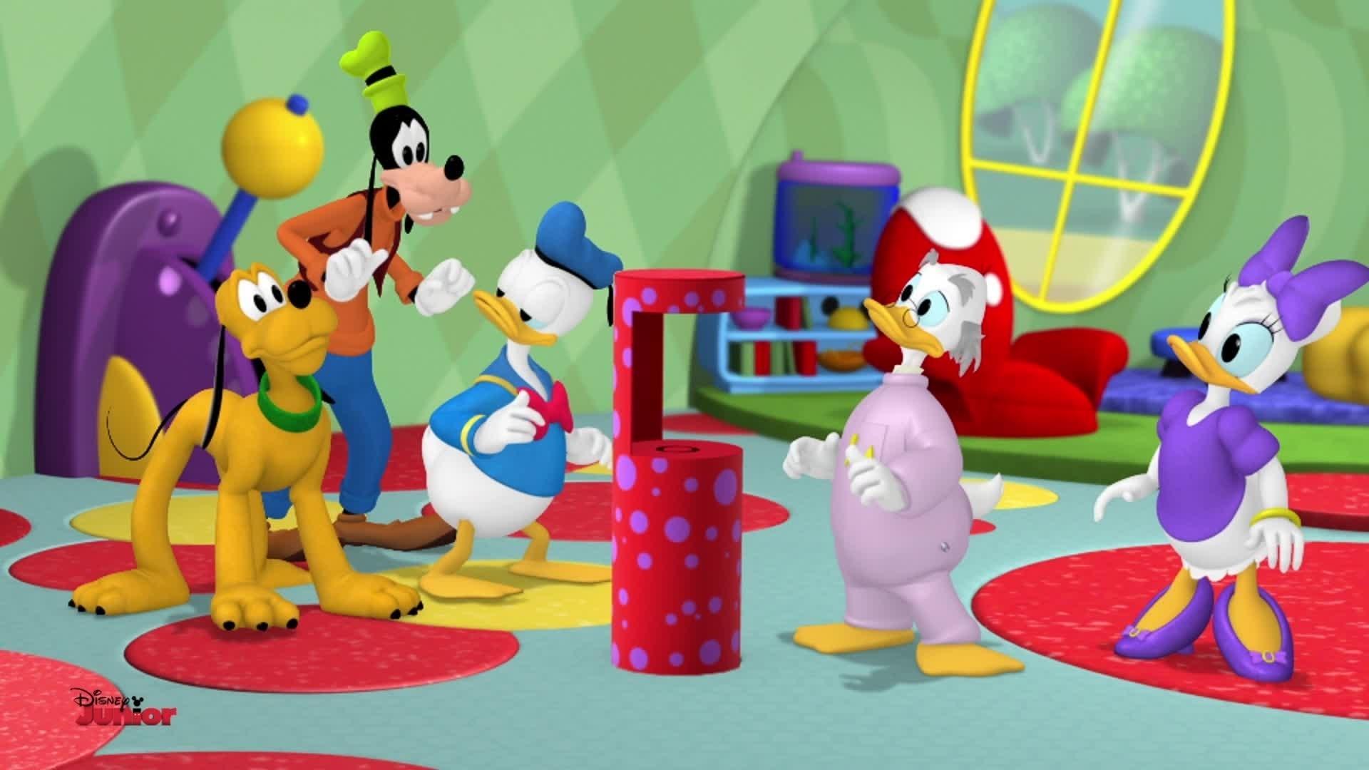"""La Maison de Mickey- Extrait """"Le légendaire Mickey de cristal"""""""
