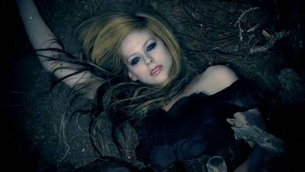 Alice - Avril Lavigne - Almost Alice