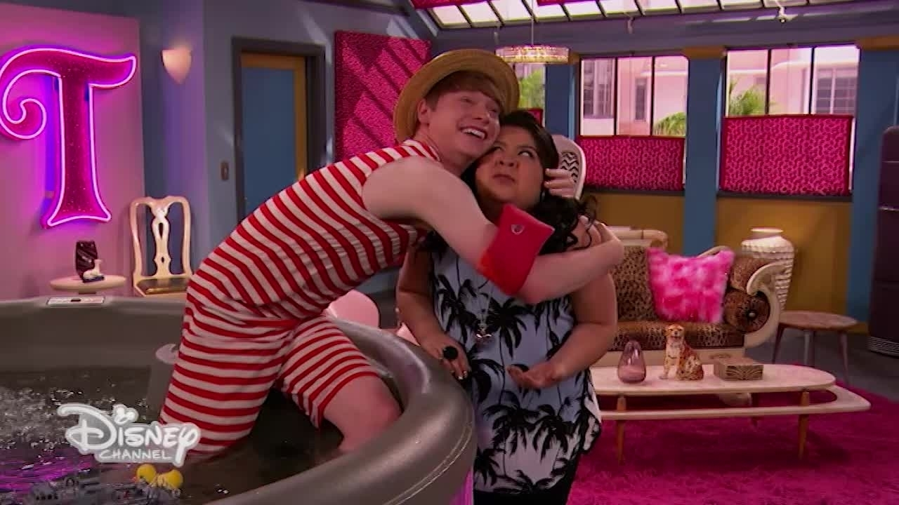 Austin e Ally - La vasca da bagno