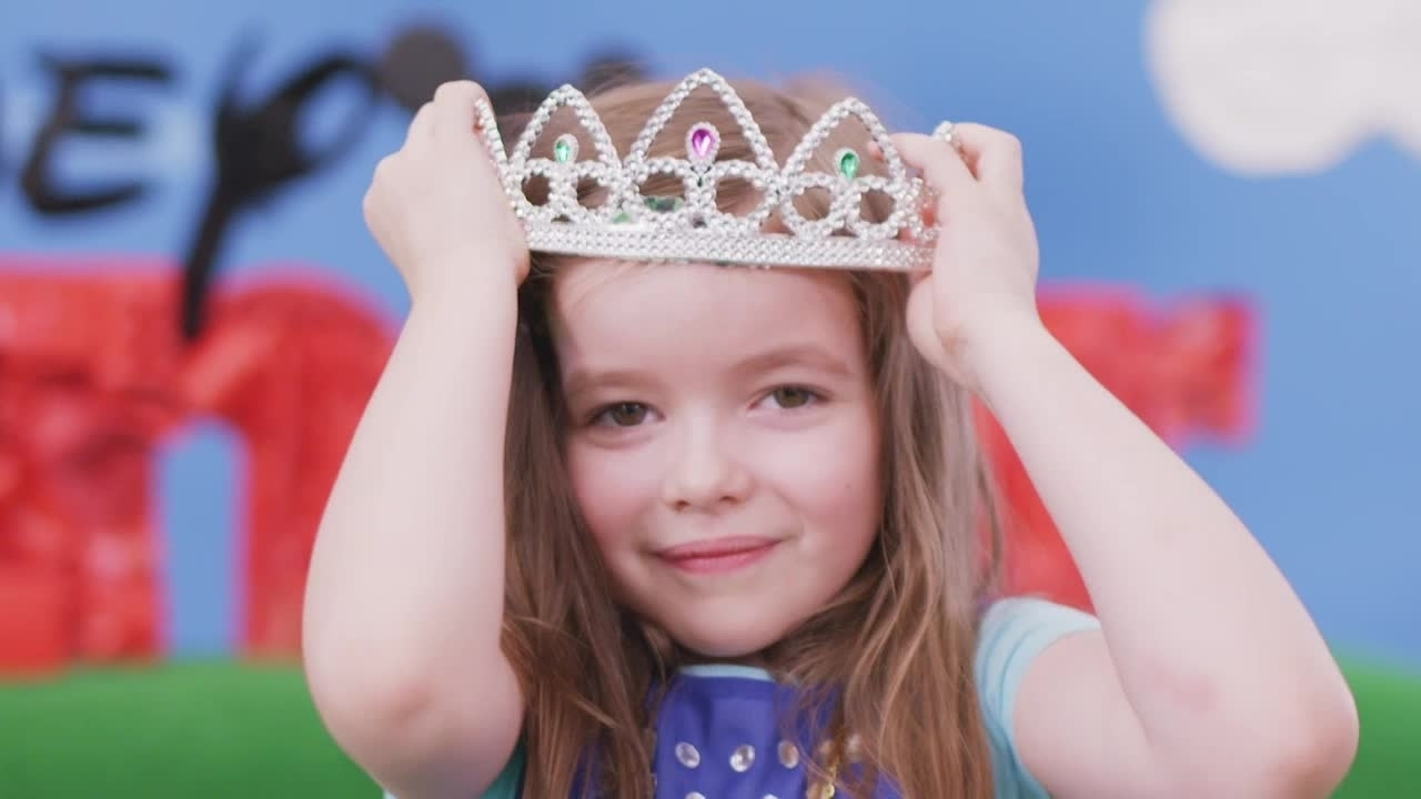 Giyim Partisi - Prenses Sofia