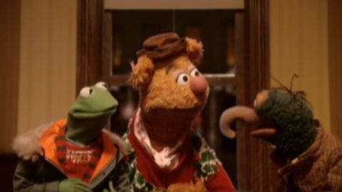 A Muppets Christmas - To the Airport