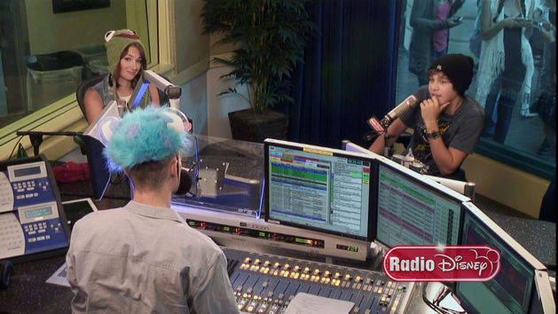 Austin Mahone - Hat Trick Interview - Radio Disney