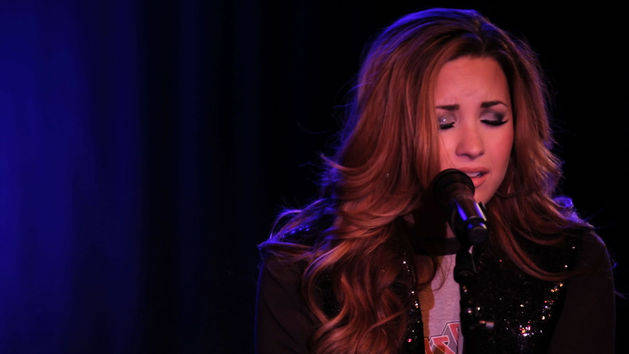 Fix A Heart (An Intimate Performance) - Demi Lovato