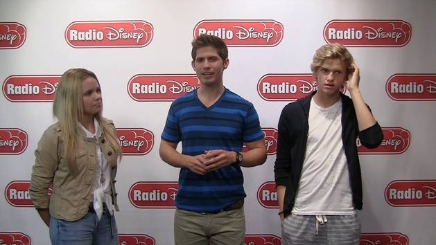 Cody and Alli Simpson - Celebrity Take with Jake