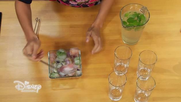 Angie E Le Ricette Di Violetta - Cubetti di ghiaccio ai fiori