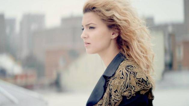 Dear No One (Official Video) - Tori Kelly