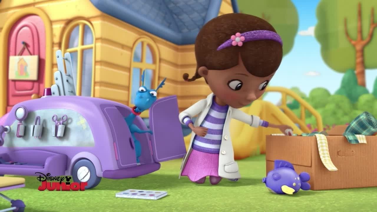 I giocattoli nei guai possono ora contare sulla Clinica Mobile di Dottoressa Peluche!