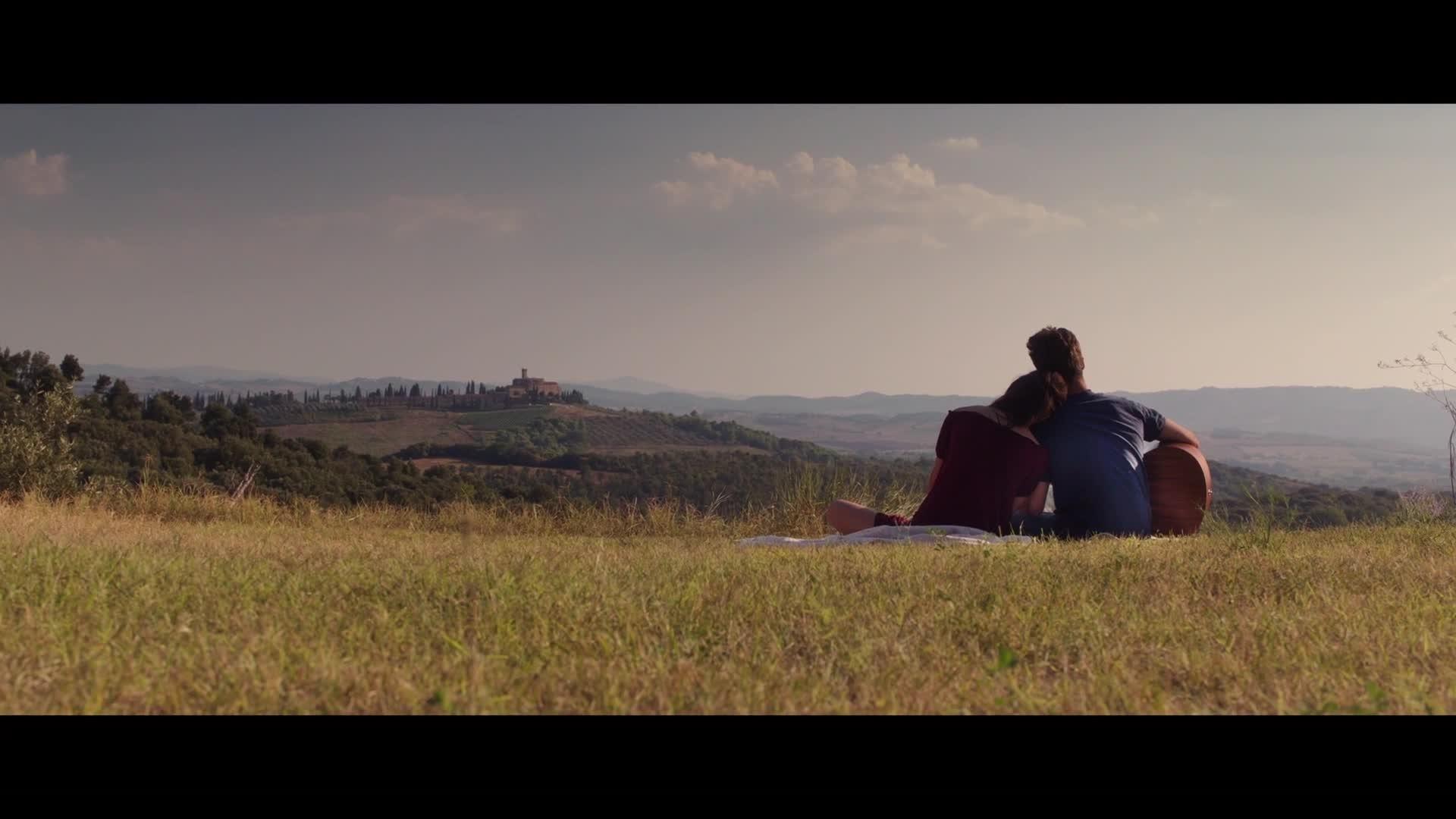 Il nuovo emozionante trailer del film Come diventare grandi nonostante i genitori