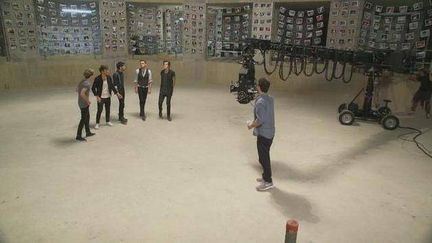 """Story of My Life"" (Behind the Scenes) - One Direction"