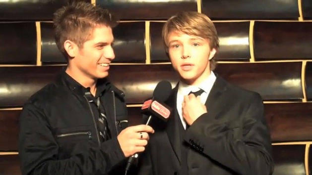 Behind the Scenes with Sterling Knight - Radio Disney