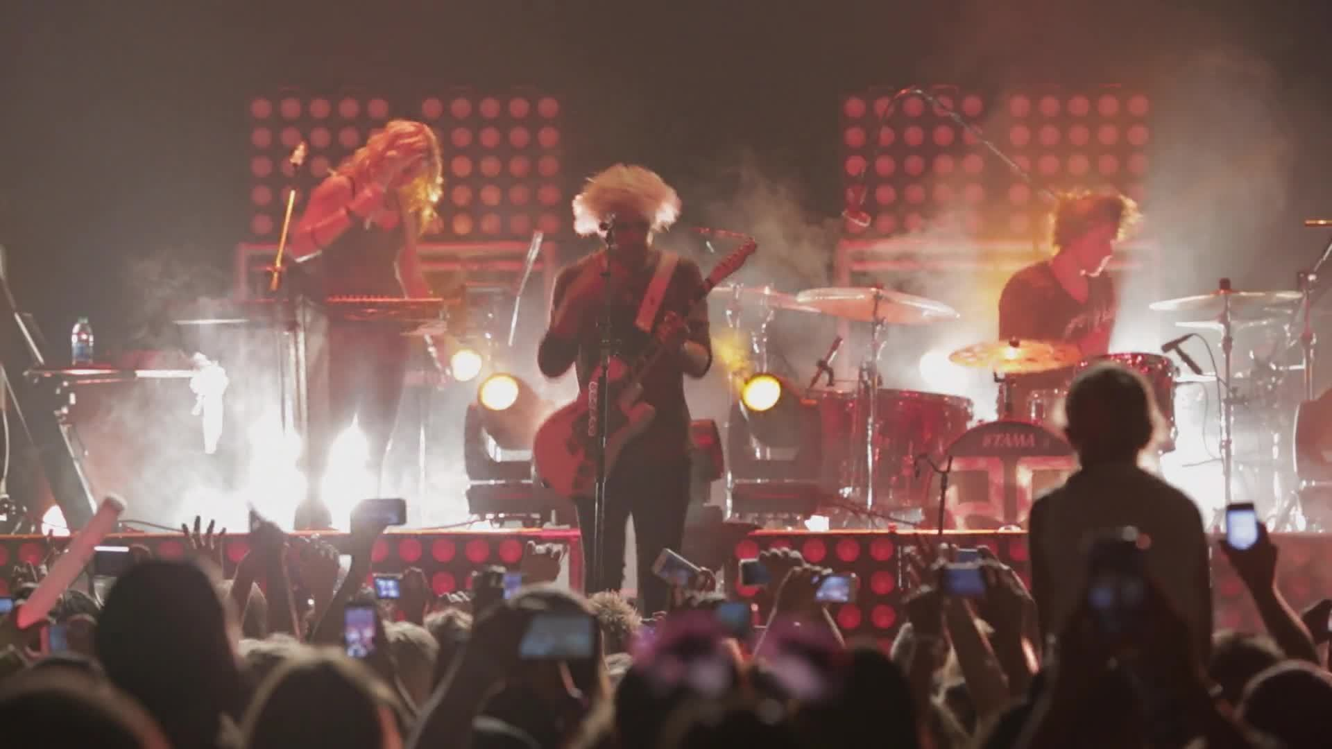"All Day, All Night: ""Pass Me By"" (Live Performance) - R5"