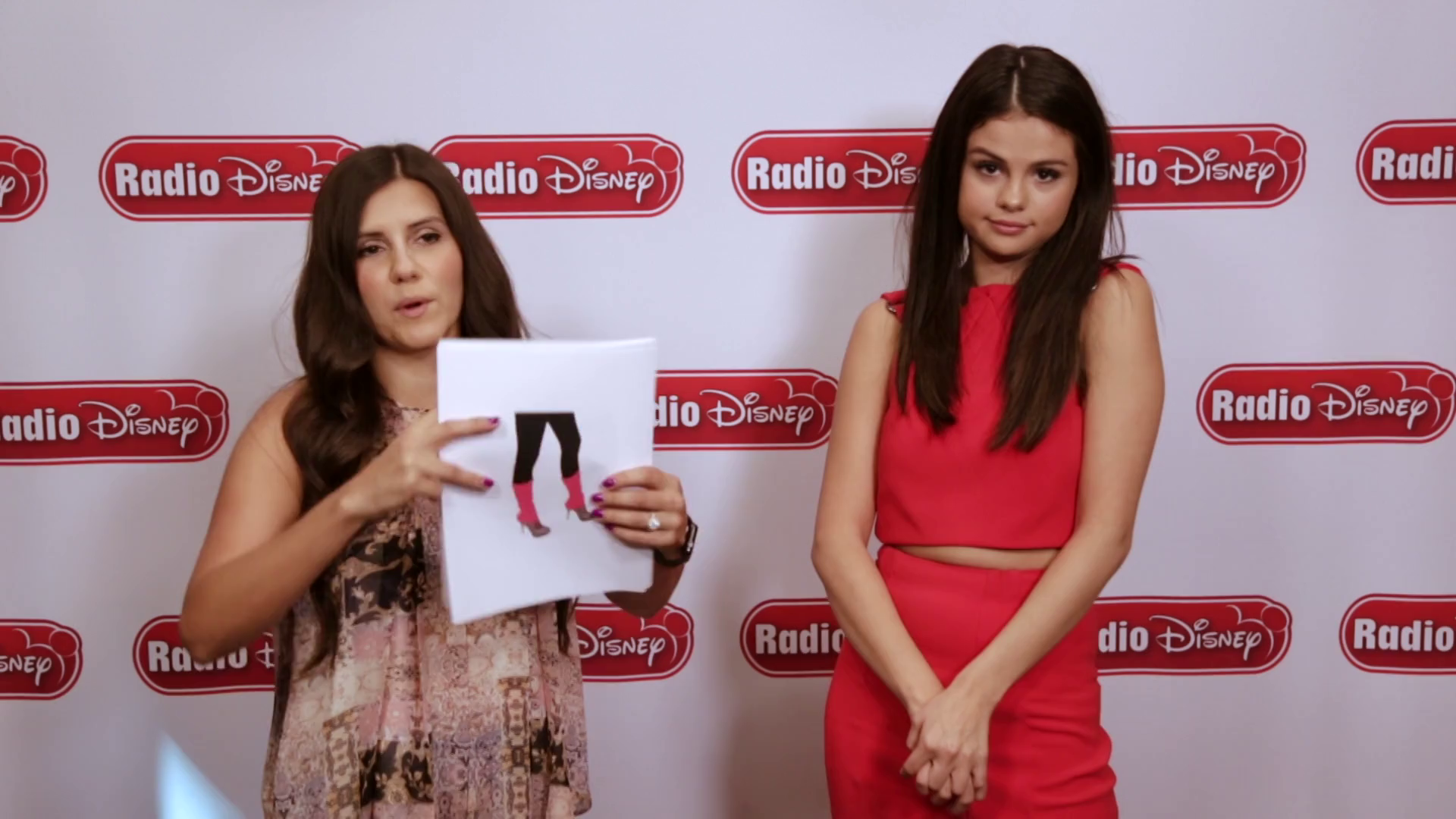 Selena Gomez Fashion Revival - Radio Disney