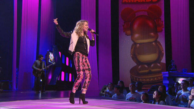"""Hurricane"" (Radio Disney Music Awards) - Bridgit Mendler"