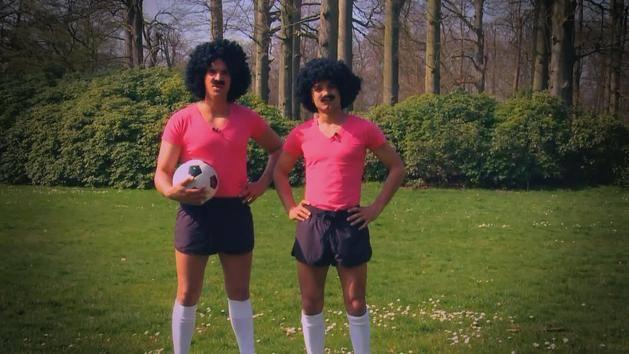 Goalmouth - Voetbalgeschiedenis: Uitrusting