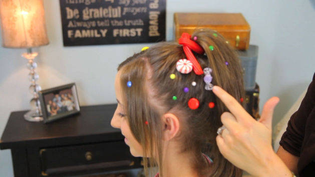 Miraculous Elsa39S Textured French Braid A Cutegirlshairstyles Disney Short Hairstyles Gunalazisus