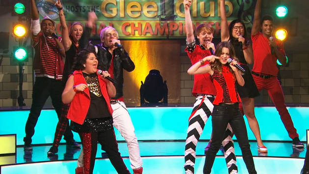 Austin & Ally Glee Club Mash Up - Play It Loud