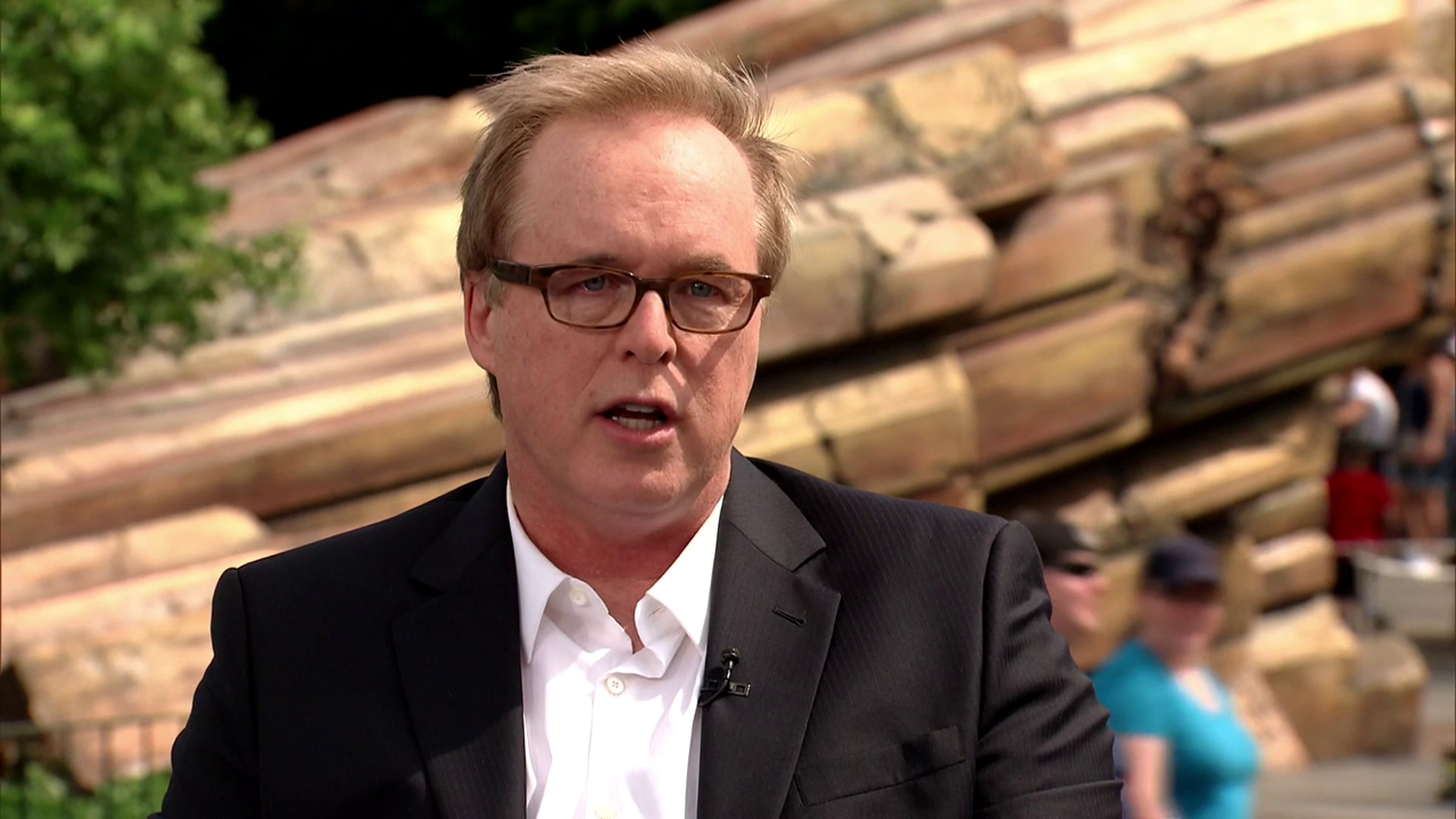 Special Clip Of Director Brad Bird | Tomorrowland