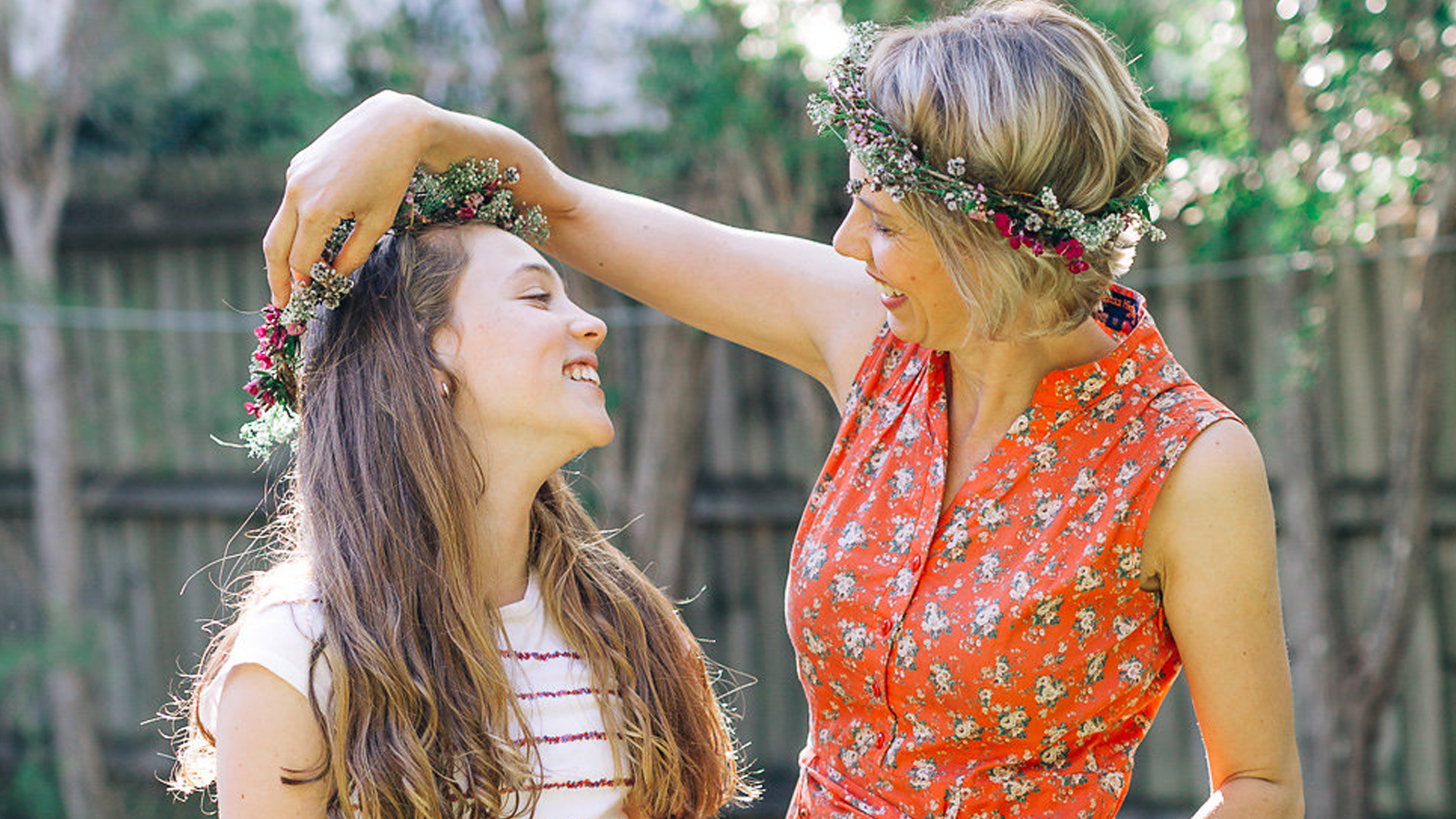 DIY Tinker Bell Flower Crown
