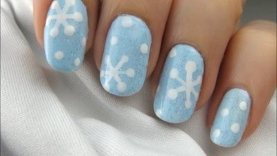 Easy Holiday Snowflake Nail Art