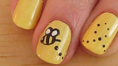 Beautiful Bumble Bee Nails