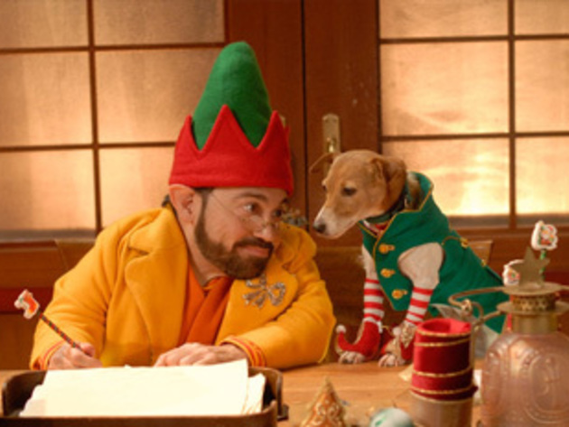 Eddy helps Eli write a letter.