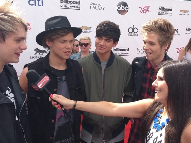 5 Seconds of Summer at the Billboard Music Awards