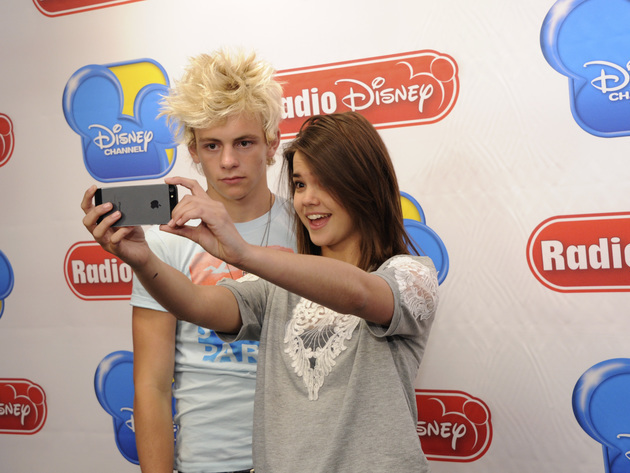 Teen Beach Movie stars Ross Lynch & Maia Mitchell pose for a selfie