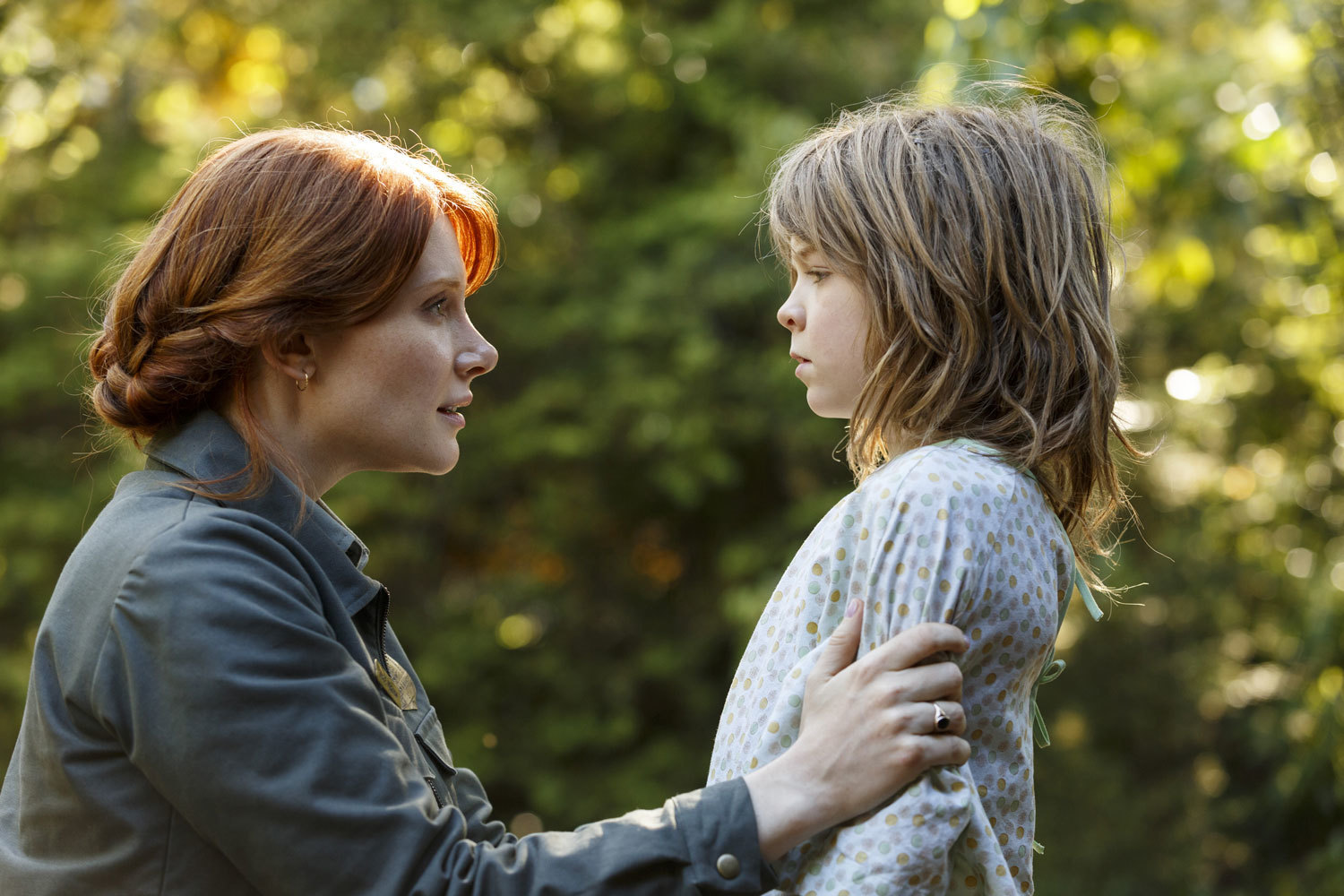 Pete's Dragon - Bryce Dallas Howard plays Grace