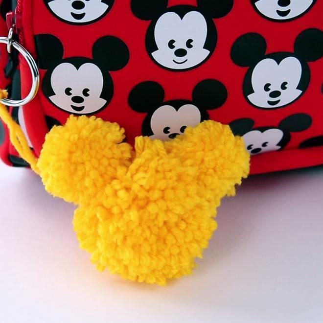 Porte-clés pompons Mickey